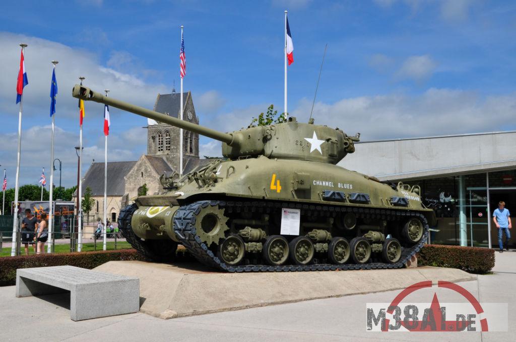 13.08.16_Airborne Museum175-w1024-h768