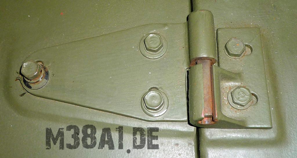 Motorhaube_Halterung_links (3).jpg