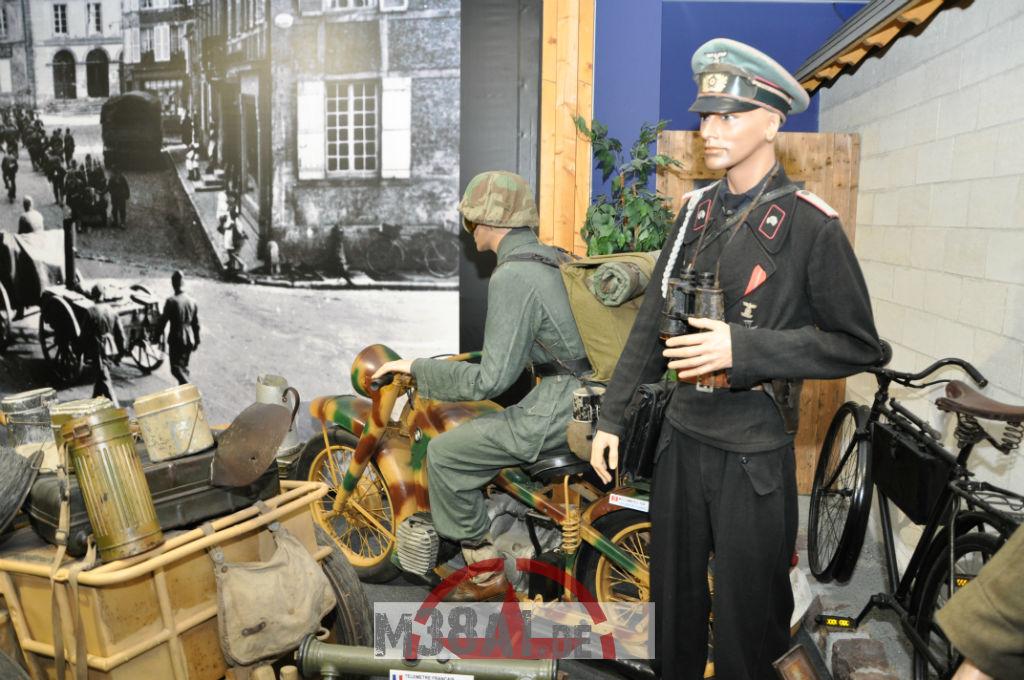 14.08.16_Museum_ Memorial D'Omaha Beach_19-w1024-h768