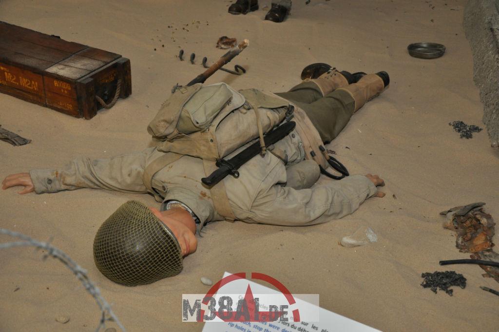 14.08.16_Museum_ Memorial D'Omaha Beach_30-w1024-h768