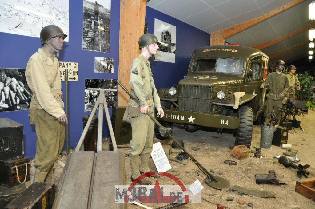 14.08.16_Museum_ Memorial D'Omaha Beach_55-w1024-h768