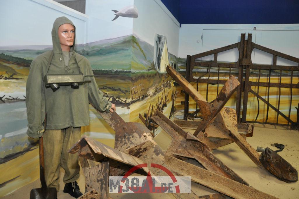 14.08.16_Museum_ Memorial D'Omaha Beach_57-w1024-h768