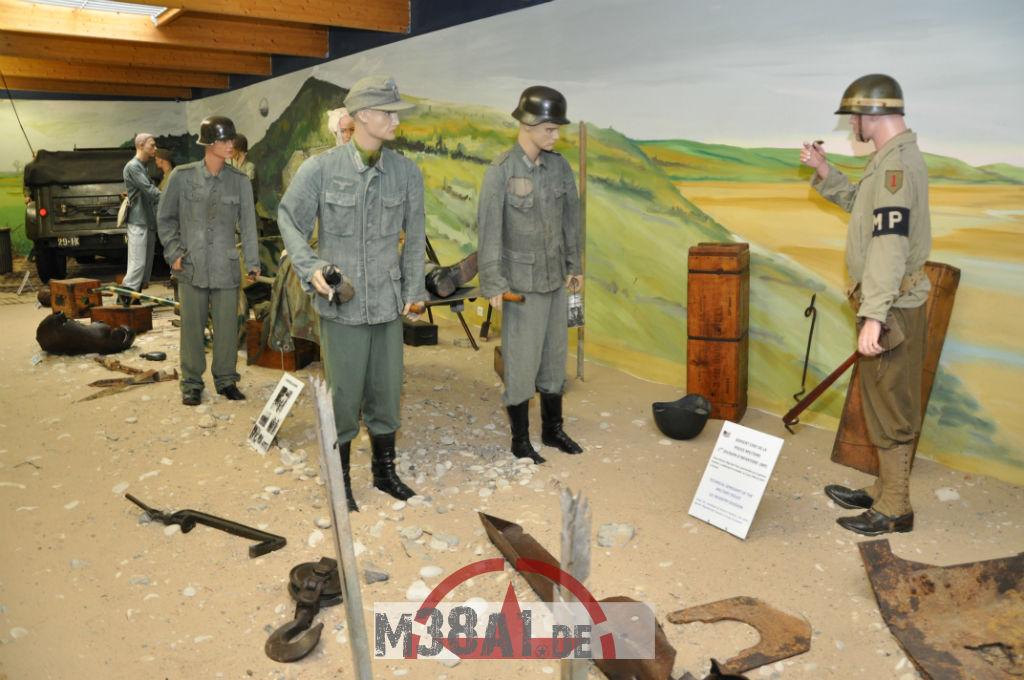 14.08.16_Museum_ Memorial D'Omaha Beach_58-w1024-h768