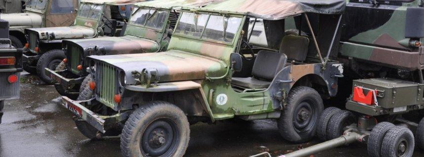 Militär Fahrzeugverkäufer PadH
